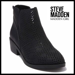 STEVE MADDEN GIRL BLACK ANKLE BOOTIES BOOTS